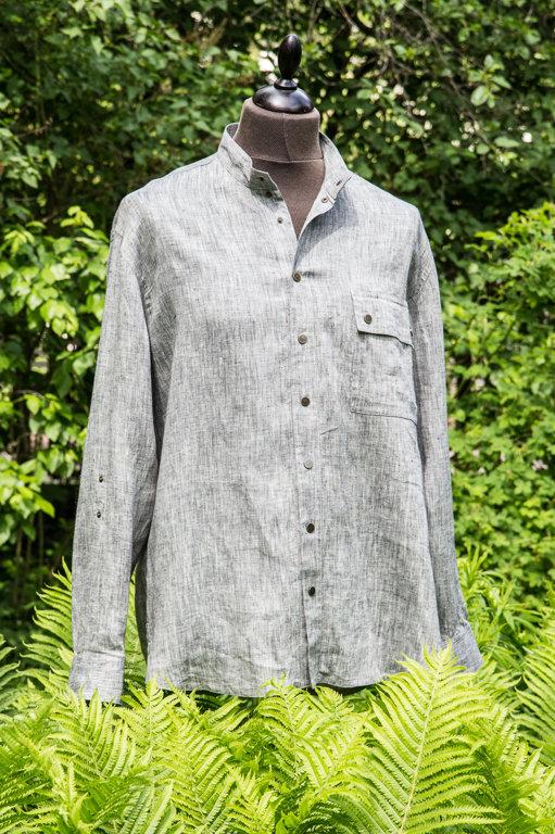 Vīriešu krekls ar ozola zīmējumu